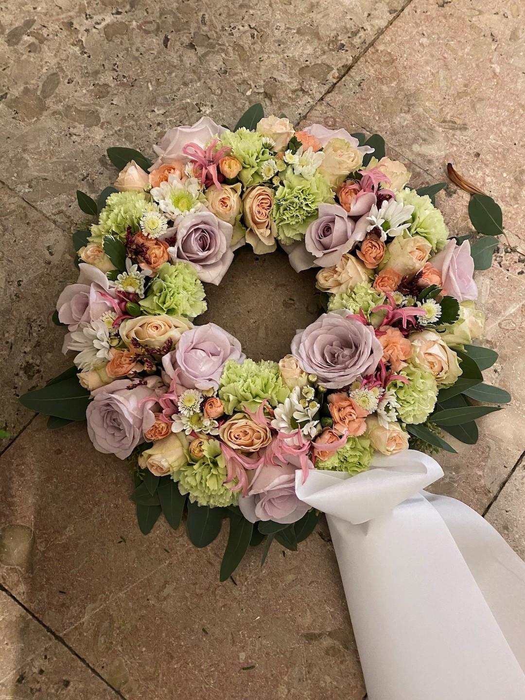 Blomsterbutik Gardeco Begravnings kransar